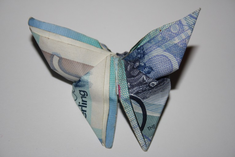 pounds-994850_1920